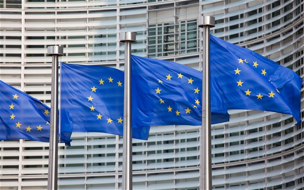 Brussels proposes new rules to promote investment in venture capital funds and social projects
